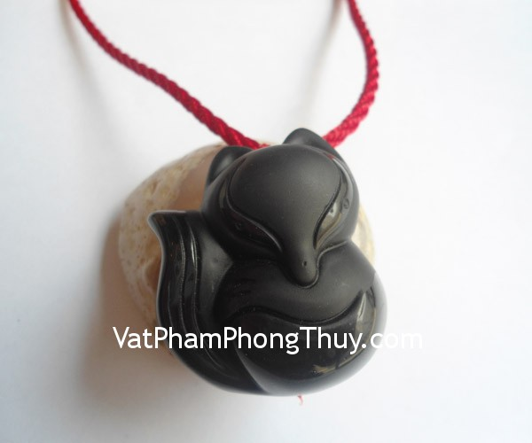 ho-ly-thach-anh-den-lon-s5139-1